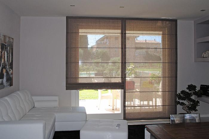 Casa moderna roma italy tende a pacchetto su misura for Tende per finestre da interno